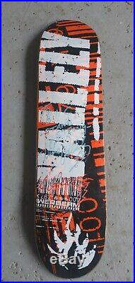 Rare Vintage Mike Vallely Black Label NOS skateboard SIGNED from 2000 TV Powell
